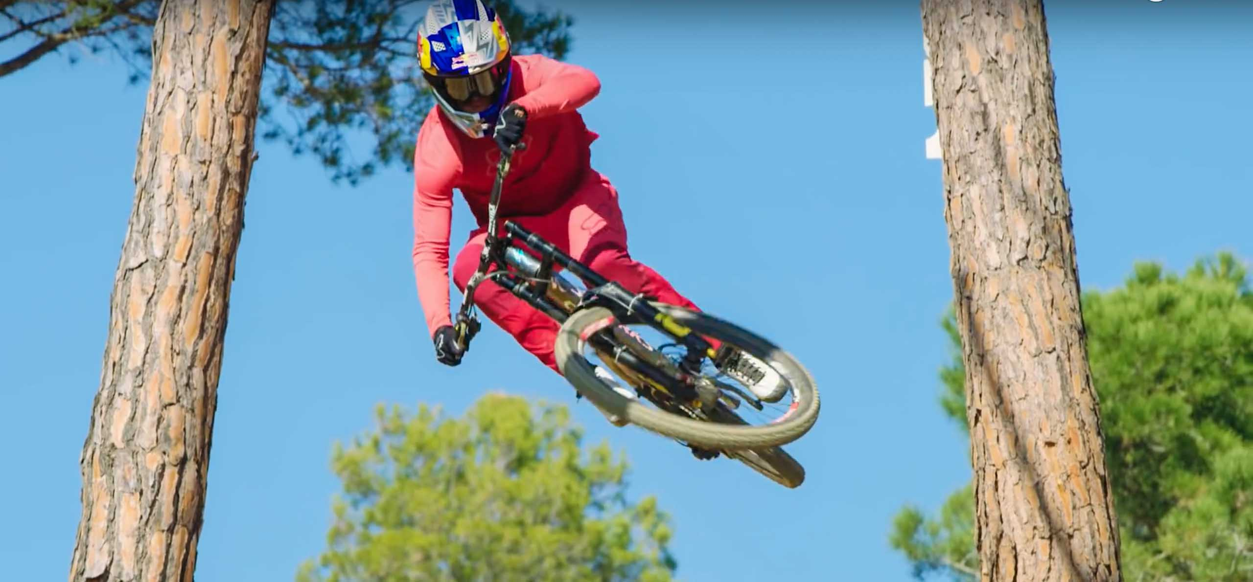 MADE FOR YOUR RIDE – EPISODE 2 LOIC BRUNI - [R]evolution MTB