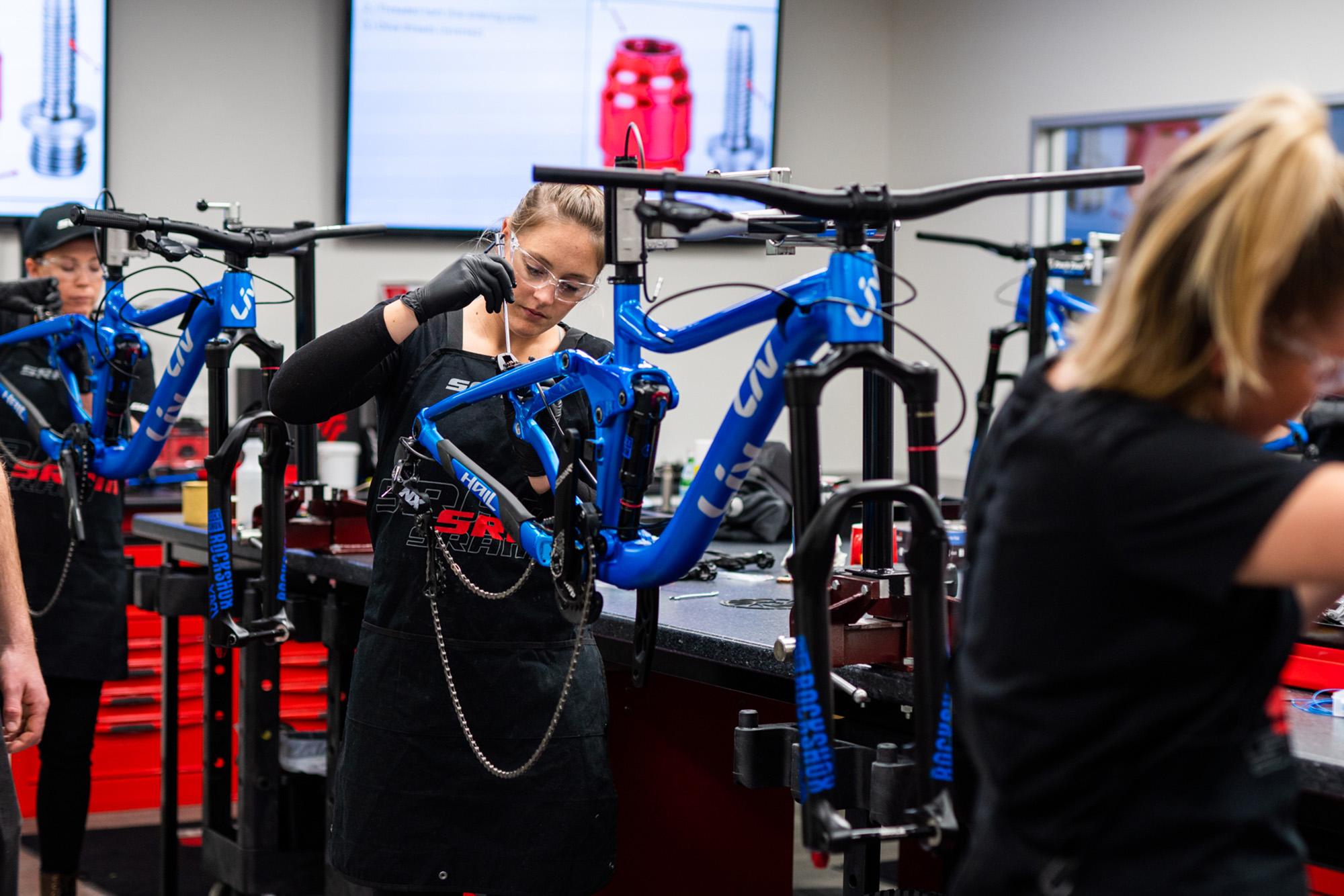 Liv Cycling Women's Mechanics Course 2019 - [R]evolution MTB